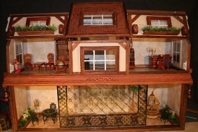 Идеи для бизнеса: изготовление кукольных домиков, как предметов коллекционирования