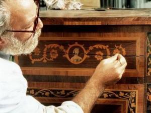 Бизнес идеи: ремонт и реставрация мебели