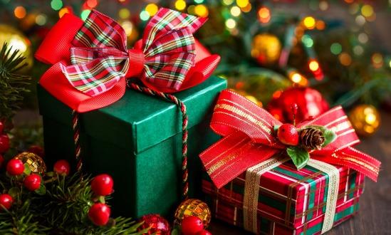 Покупаем новогодние подарки коллегам