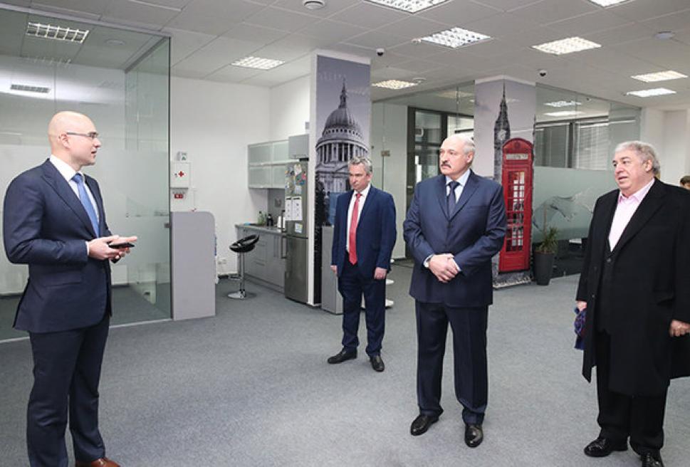 Почему президент А.Г. Лукашенко выбрал для знакового визита к айтишникам Виктора Прокопеню