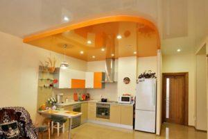 Натяжные потолки для кухни: особенности выбора