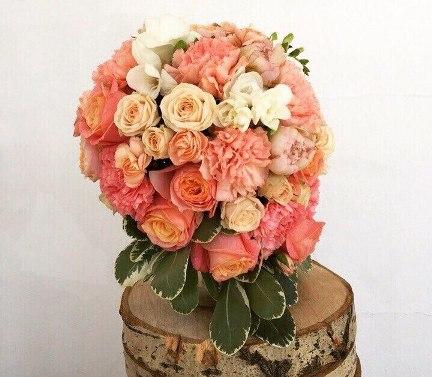 Нужно доставить цветы в пределах Казани? Обратитесь к нам!